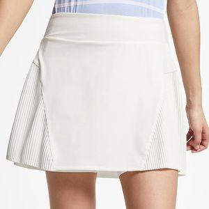 """Nike Dri Fit 15"""" Golf Skirt Size XL"""